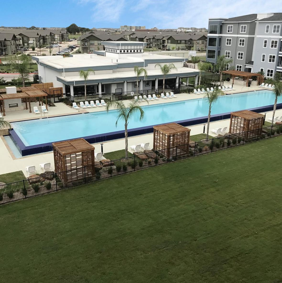 Luxe at Creekside Apartments