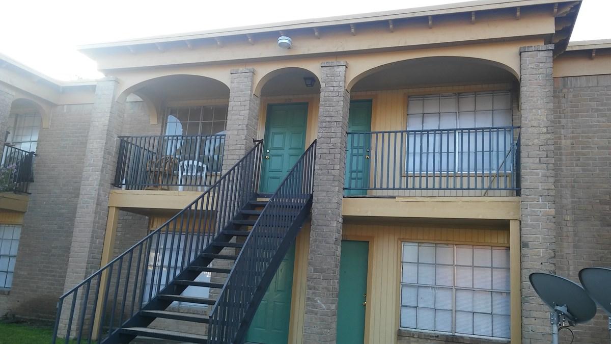 Brookdale Village Apartments Houston TX