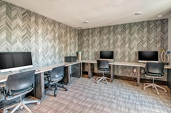Business Center at Listing #292713