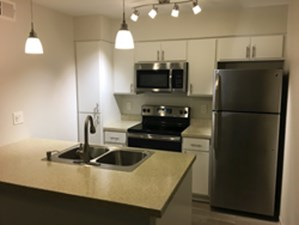 Kitchen at Listing #136085