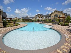 Avenues at Tuscan Lakes Apartments League City TX