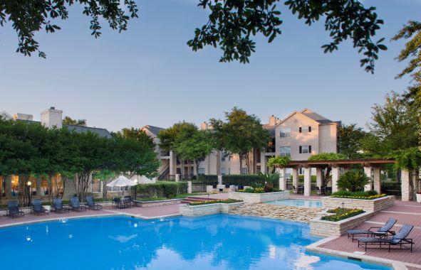 Pool at Listing #140145
