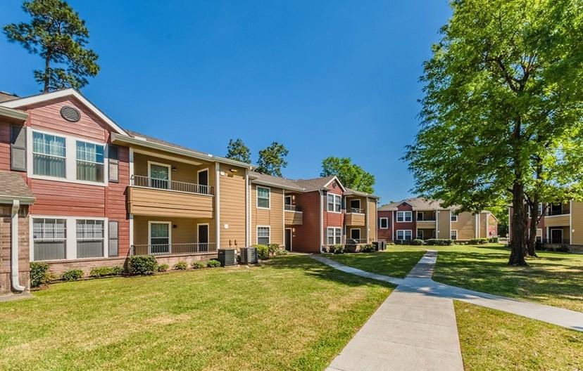 Lakecrest Village Apartments