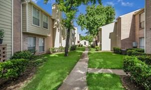 Savoy Manor Apartments Houston TX