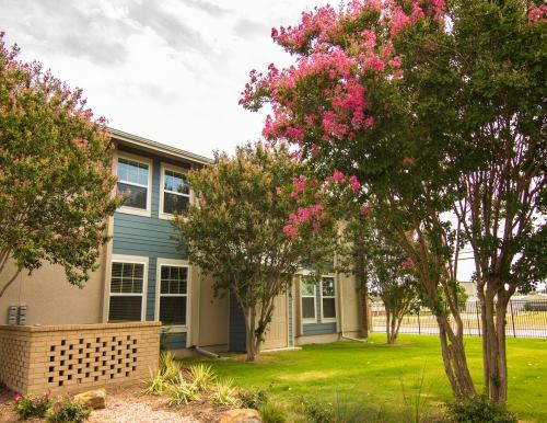 Exterior at Listing #138147