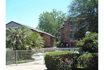 Olmos Club Apartments San Antonio Tx