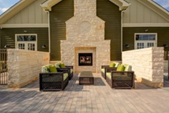 Fire Pit at Listing #152406