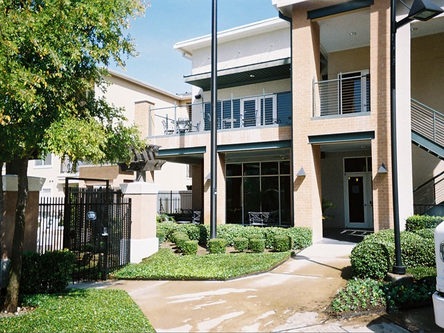 Exterior at Listing #141734