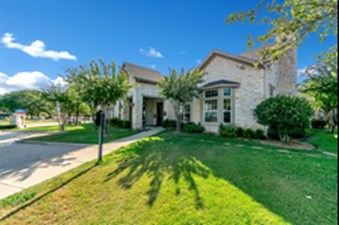 Exterior at Listing #147478