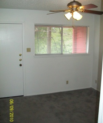 Living at Listing #140542