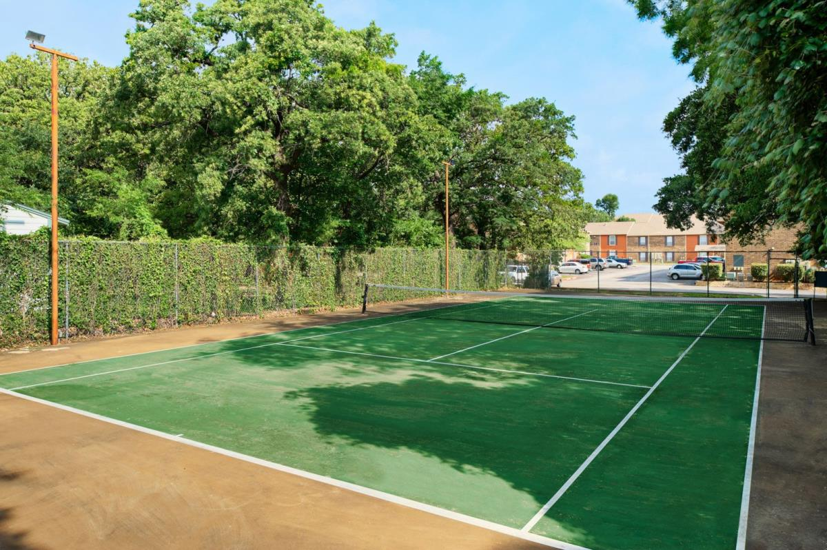 Tennis at Listing #137306