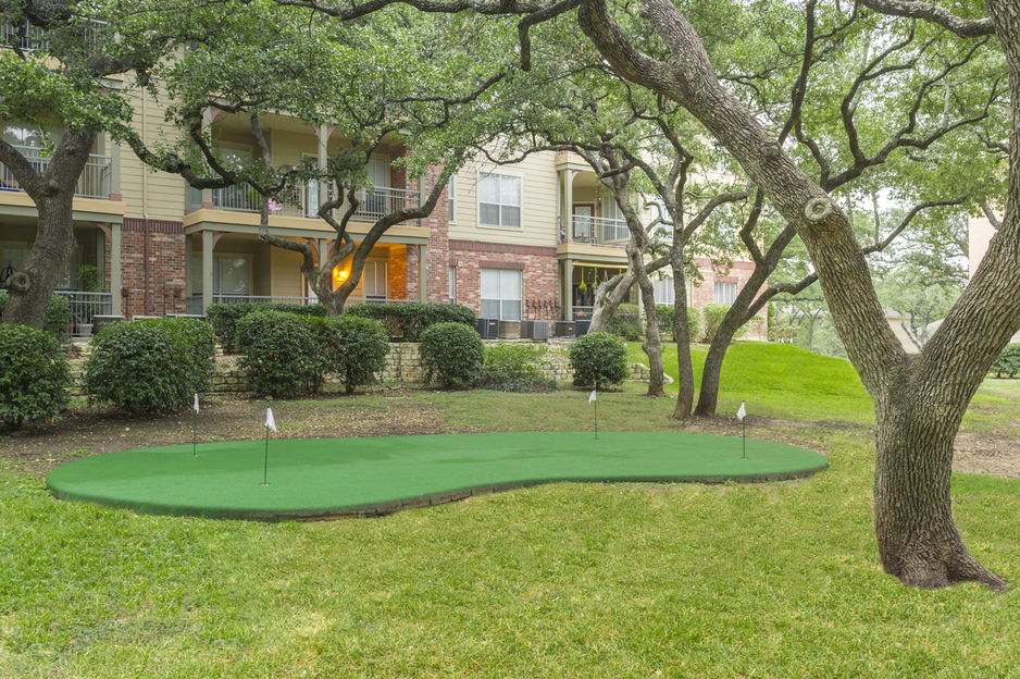 Putting Green at Listing #141444