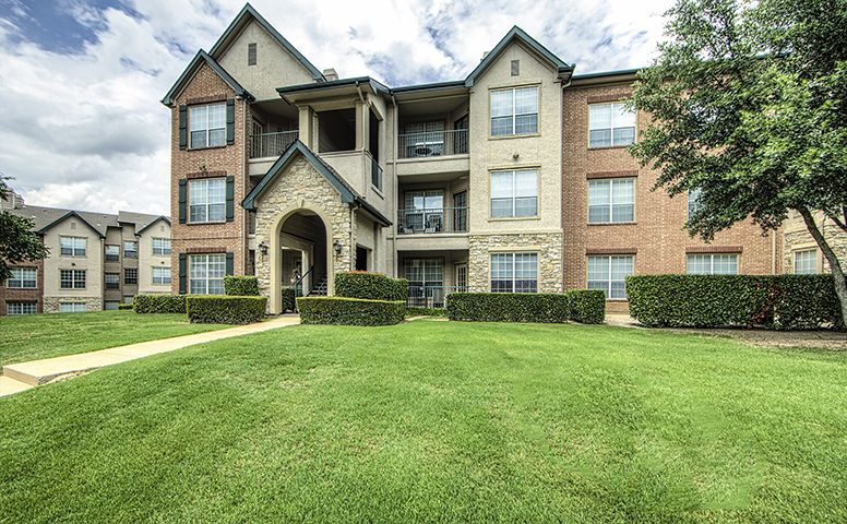 Seven Oaks Apartments Garland TX