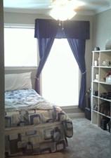Bedroom at Listing #138443