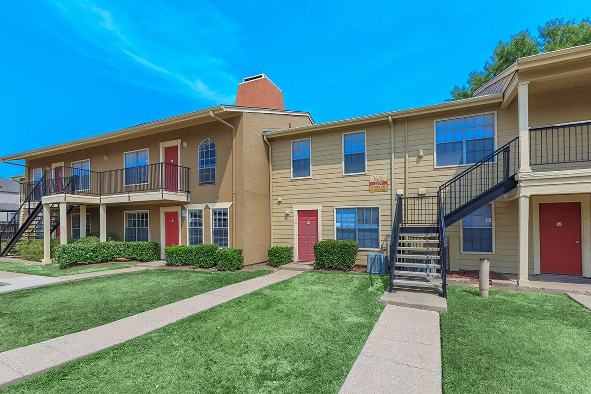 Exterior at Listing #136135