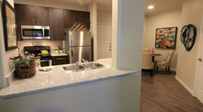 Dining/Kitchen at Listing #283231