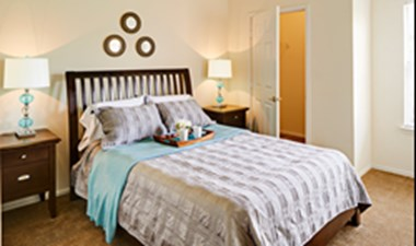 Bedroom at Listing #137689