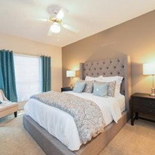 Bedroom at Listing #140294