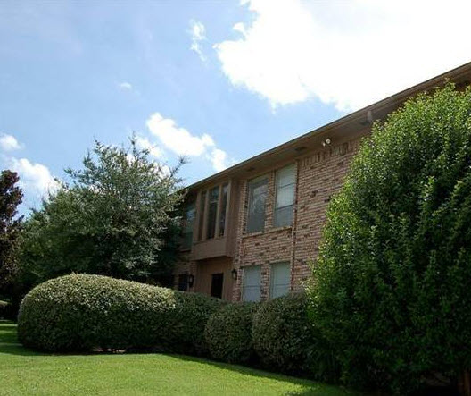 Exterior at Listing #137448