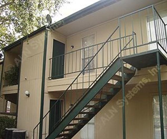 El Paraiso Apartments