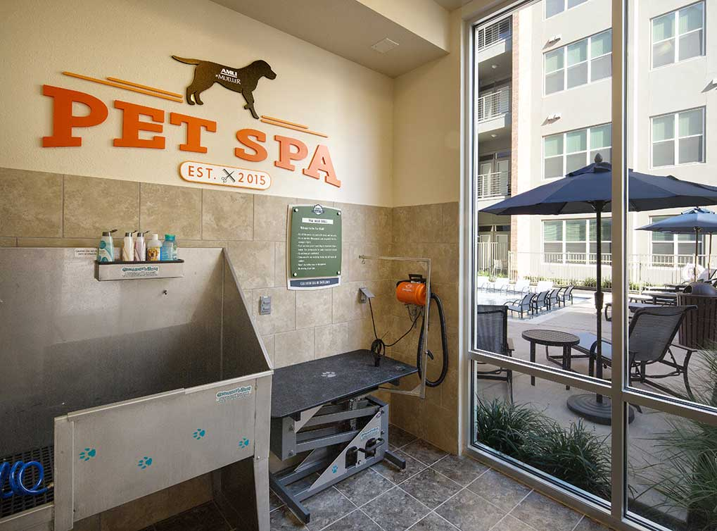 Pet Spa at Listing #231586