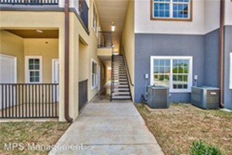 Exterior at Listing #299747