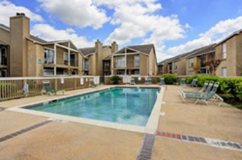 Pool at Listing #139871