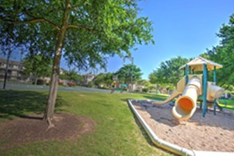 Playground at Listing #140693
