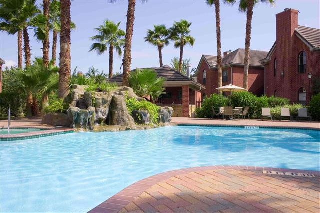 Pool at Listing #138270