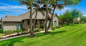 Village Green of Bear Creek Apartments Euless TX