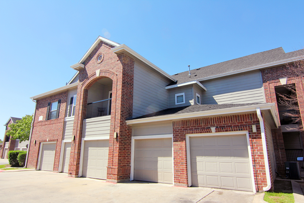 Exterior at Listing #144347