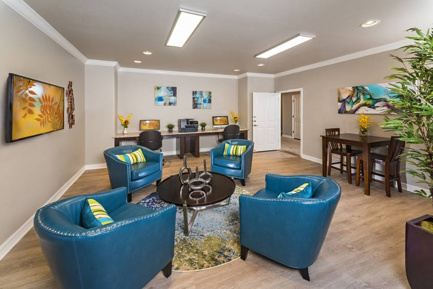 Business Center at Listing #141360