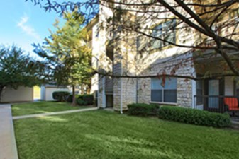 Exterior at Listing #138069