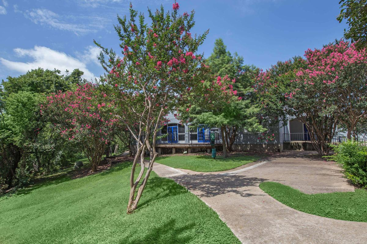 Exterior at Listing #135632