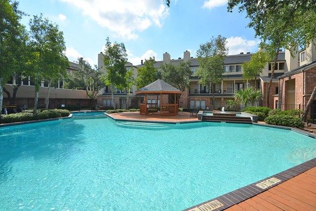 Pool at Listing #139965
