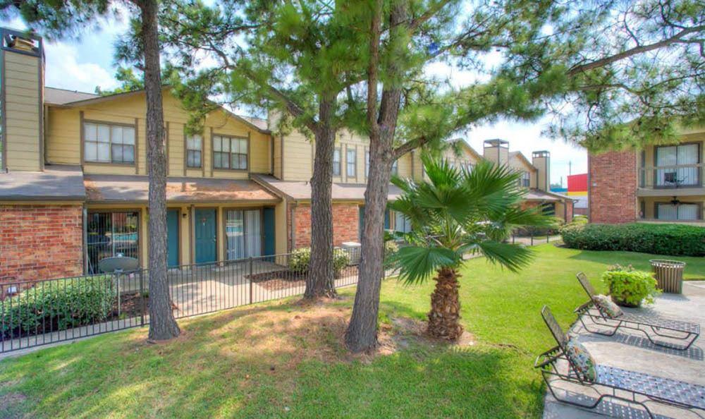 Dover Pointe Apartments Houston TX
