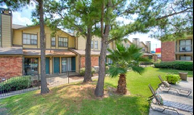Dover Pointe at Listing #138475