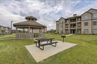 Picnic Area at Listing #275004