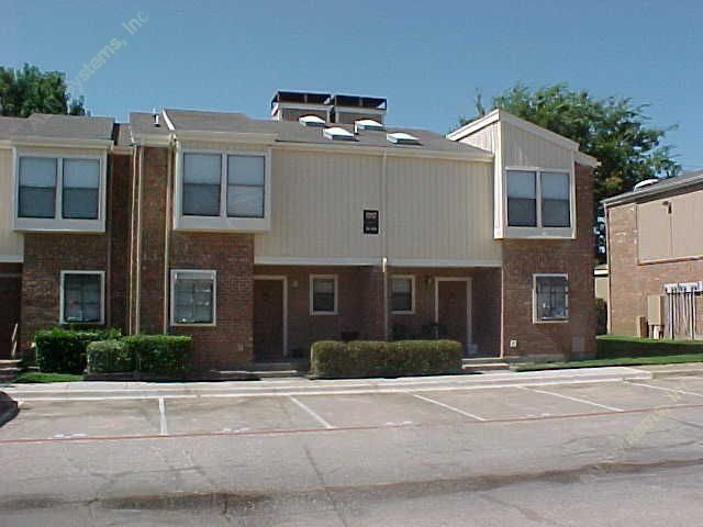 Oak Hills Apartments Irving TX