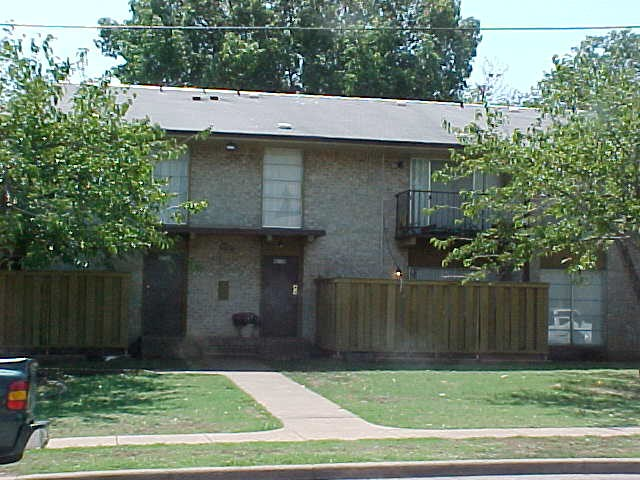Exterior at Listing #137337