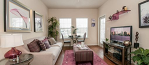Living at Listing #147041