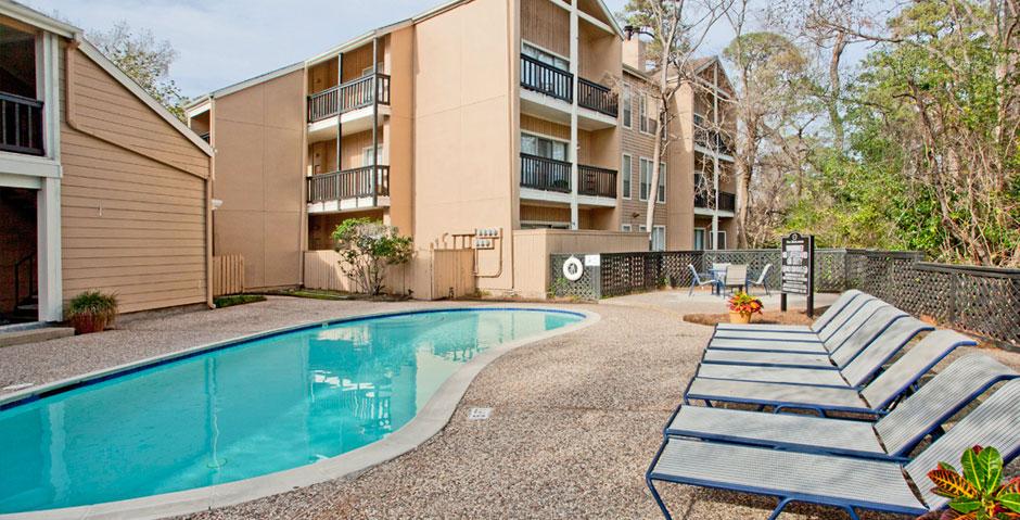 Woodlake Oaks Apartments Houston TX