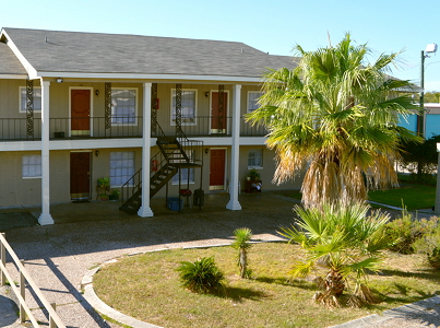 Gulf Breeze ApartmentsLa MarqueTX