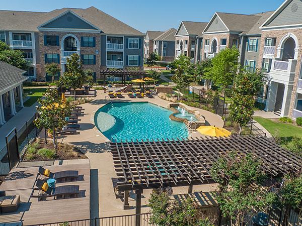 Pool at Listing #144819