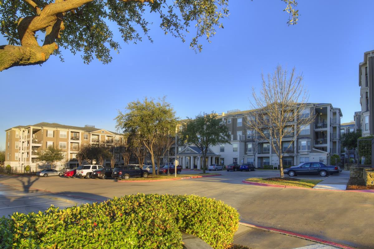 Encore at Buckingham Apartments Richardson, TX