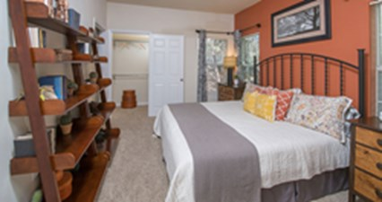 Bedroom at Listing #143664