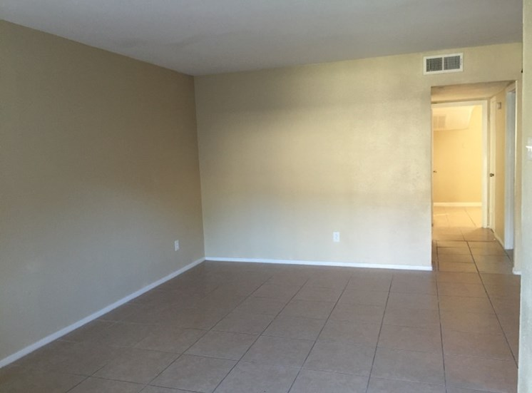 Bedroom at Listing #144391