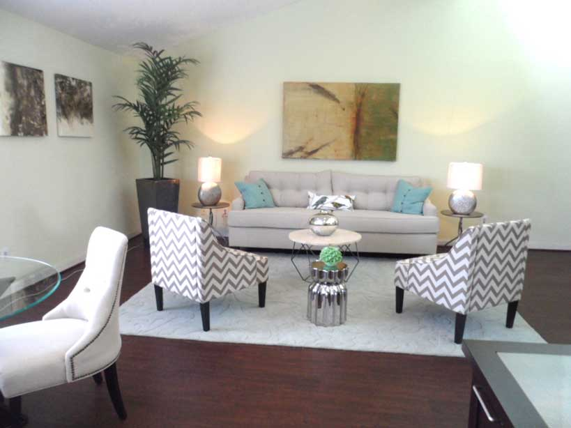 Living at Listing #138374