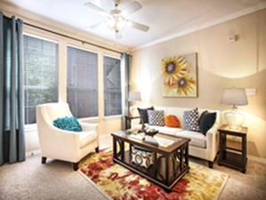 Living Room at Listing #137646