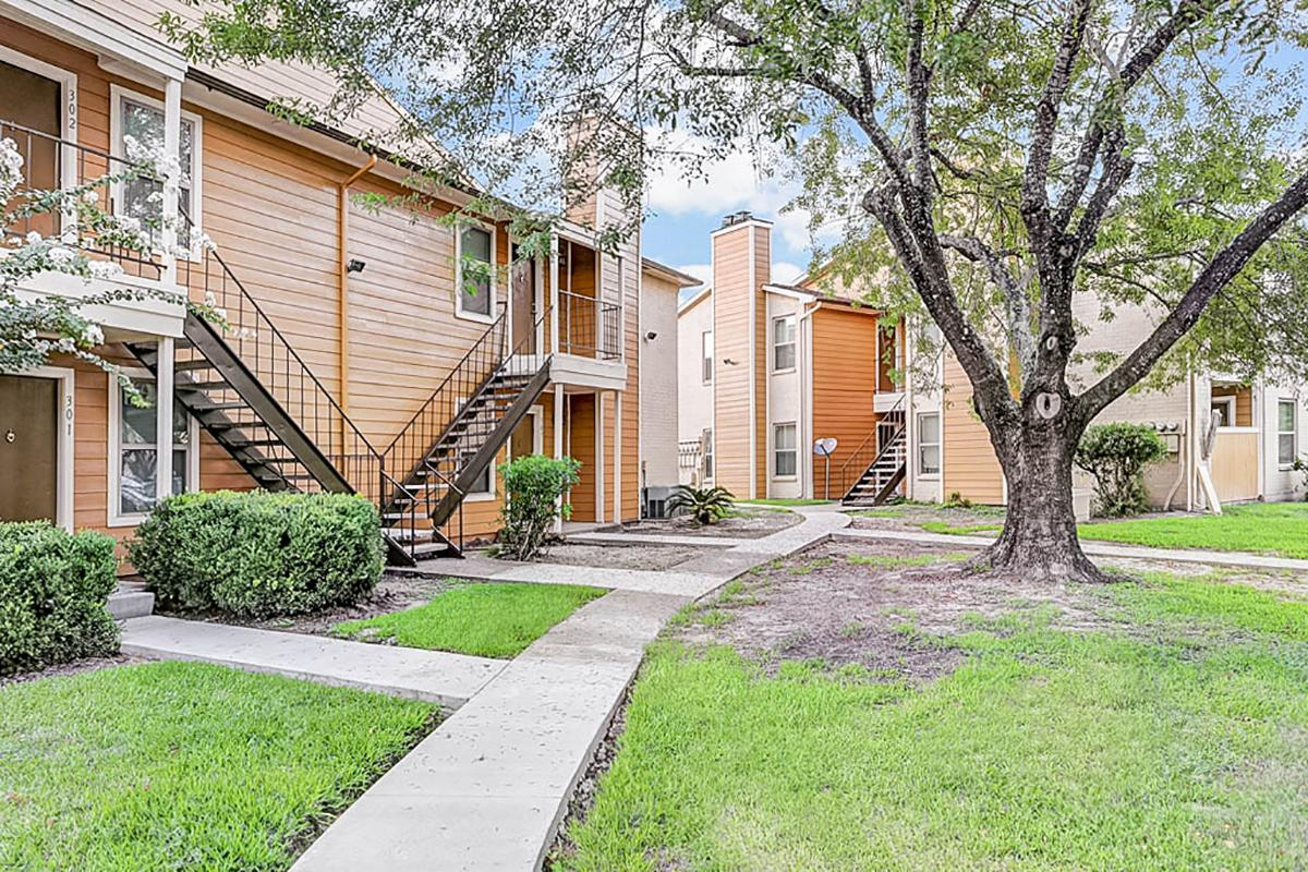 Cedar Ridge Apartments Baytown TX